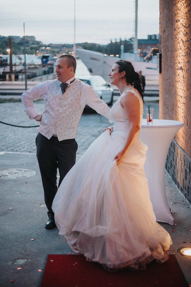 bröllop-stockholm-kyrkligvigsel-bröllopsporträtt-bröllopsfest-skyddsrummet-001-5