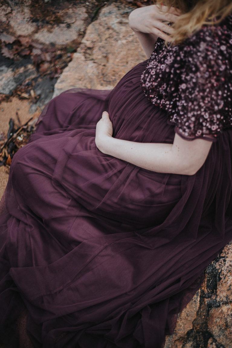 gravidfotografering, alingsås, gravid Alingsås, porträttfotograf, scotish vibe pregnanvy shoot, rebecka thorell photo